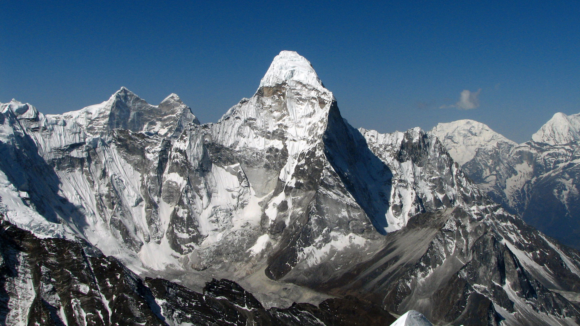 ama-dablam-expedition-full